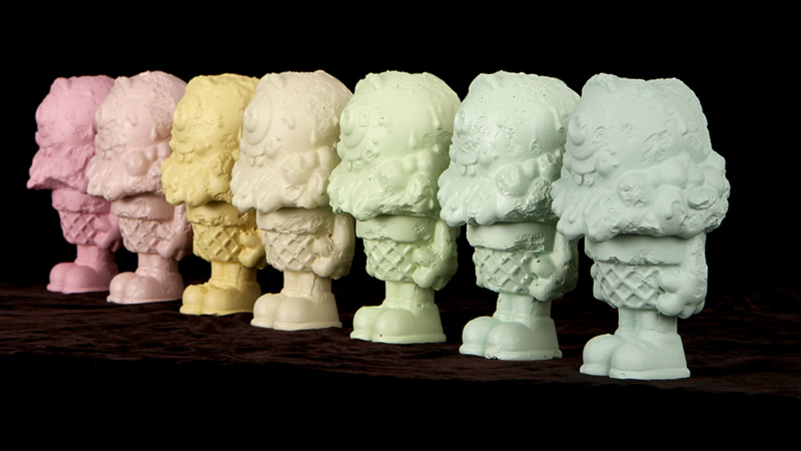 Buff Monster plasma muerte y decadencia con esculturas de helado ?