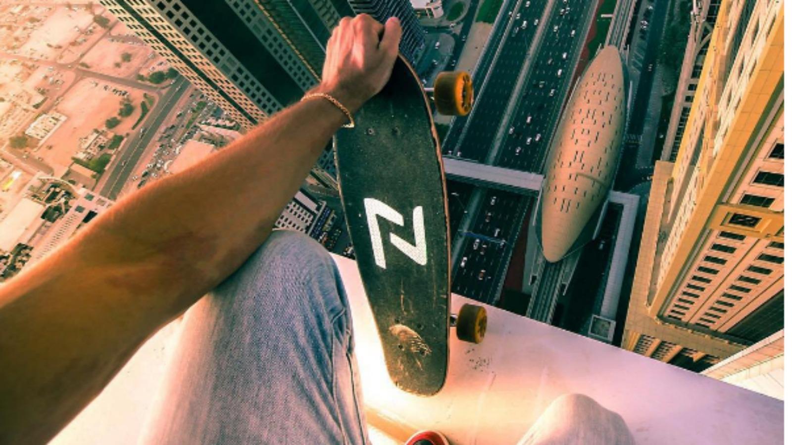 Aficionado ruso practica parkour y skate en los edificios más altos del mundo ?
