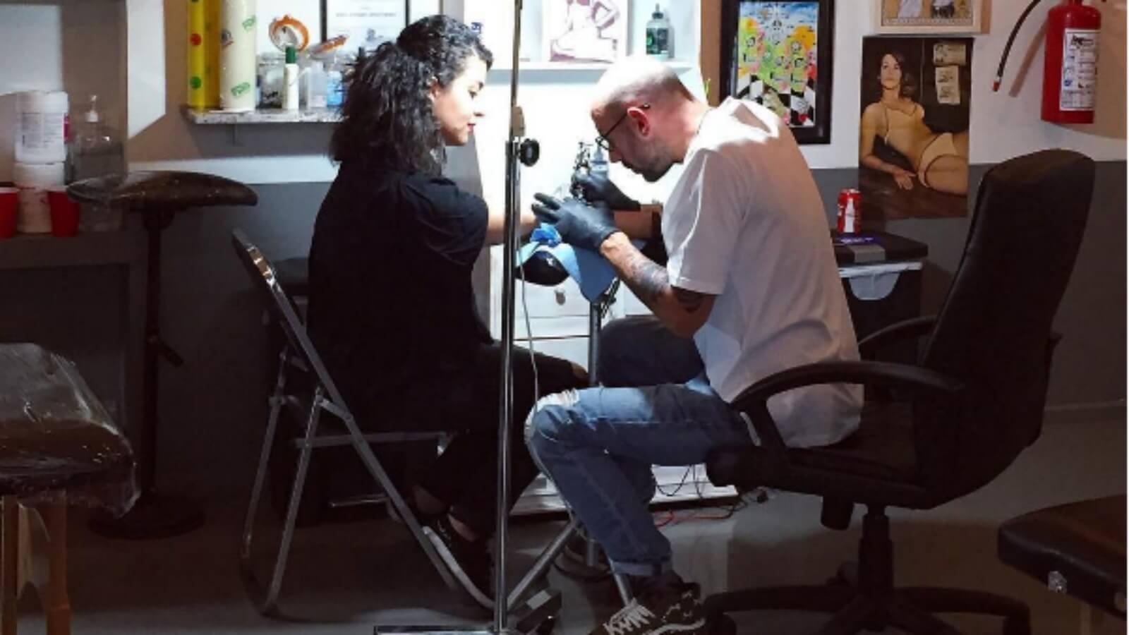 ¡Artistas y tatuadores del estudio de Bleu Noir en la CDMX! ✍