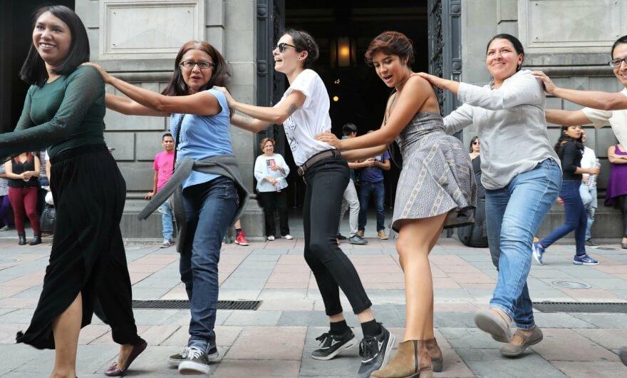 Disputa en el Munal porque artista convoca a bailar salsa dentro del museo