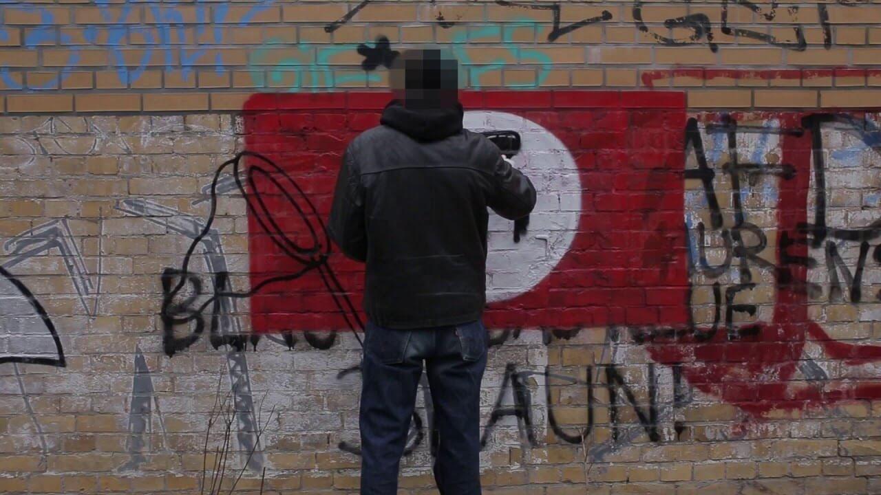 #Paintback, la iniciativa que combate el racismo con graffitis