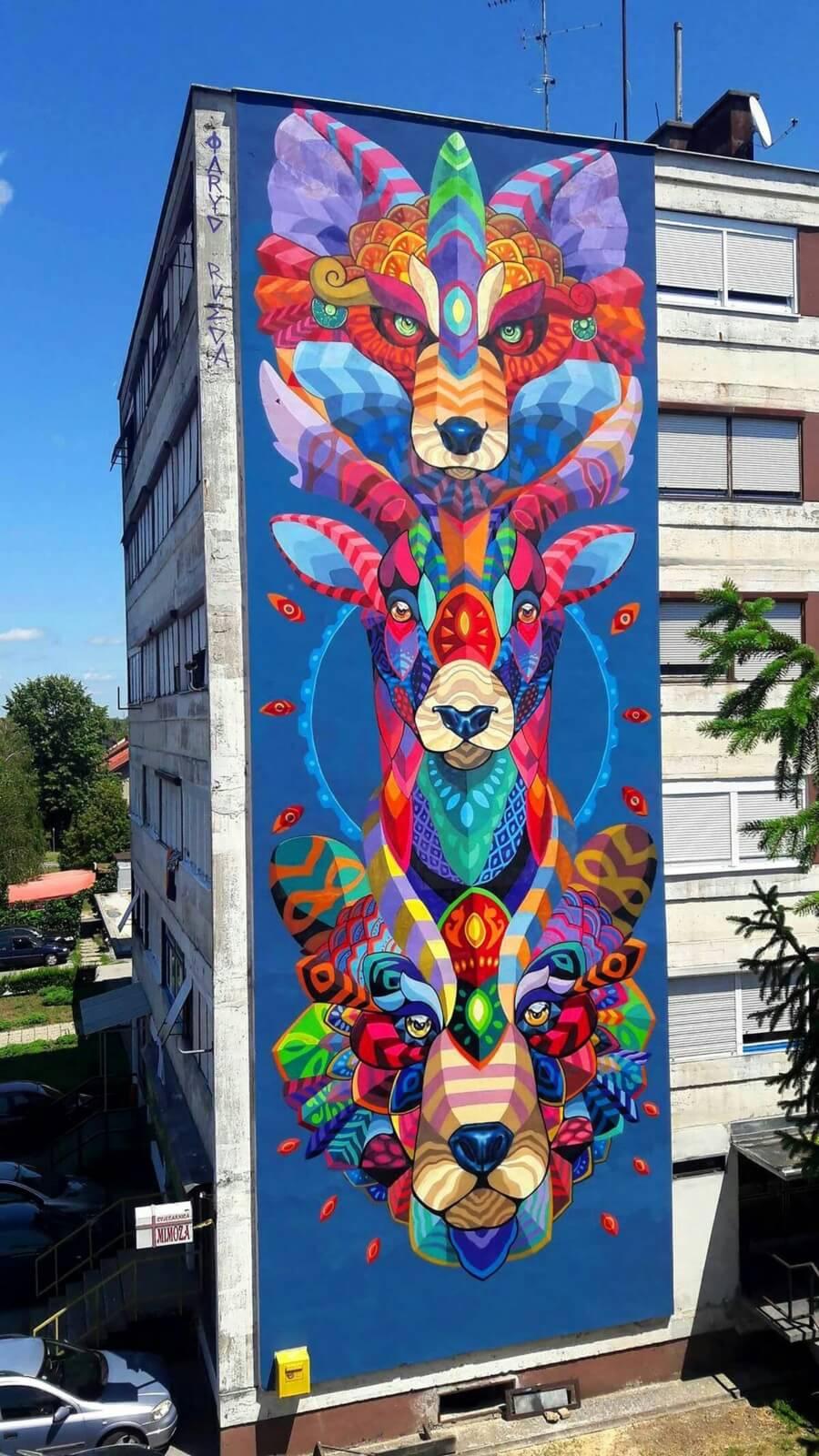 Mural de coloridos animales por Farith Rueda