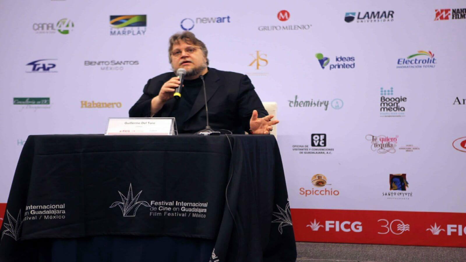 Guillermo del Toro impartirá clases magistrales en FICG