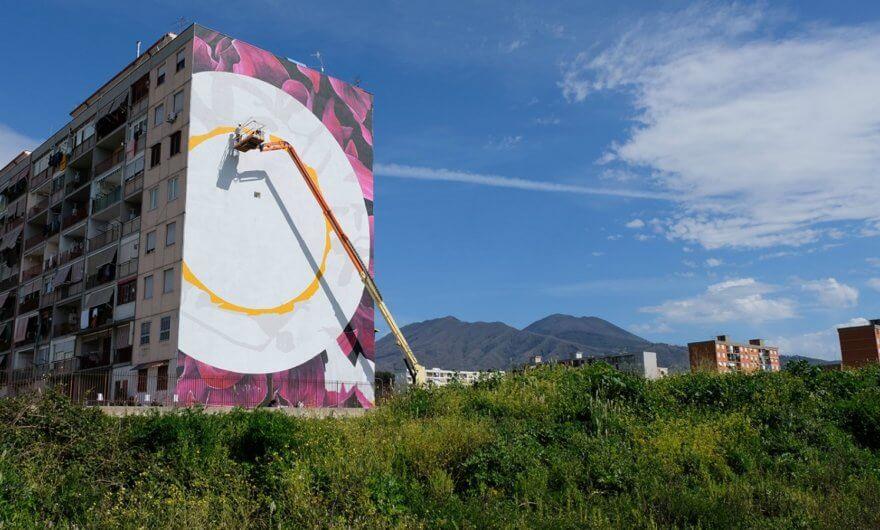 «O sciore cchiù felice», el nuevo mural de Fabio Petani