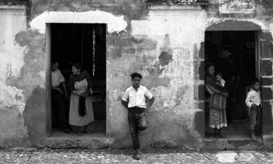 Retrospectiva de Manuel Álvarez en la galería Juan Martín