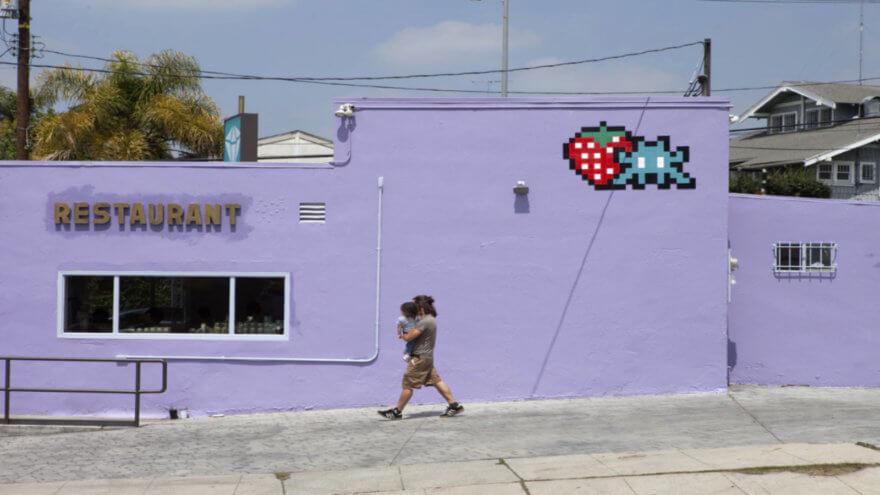INVADER asalta las calles de LA