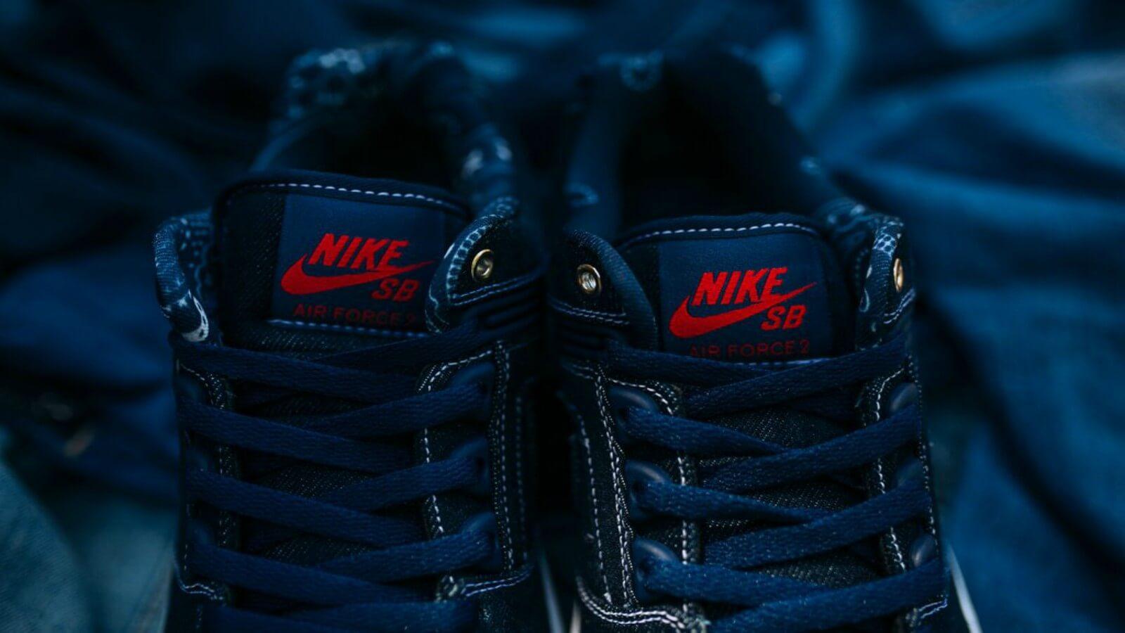 Nike SB  «Biggie vs Tupac»