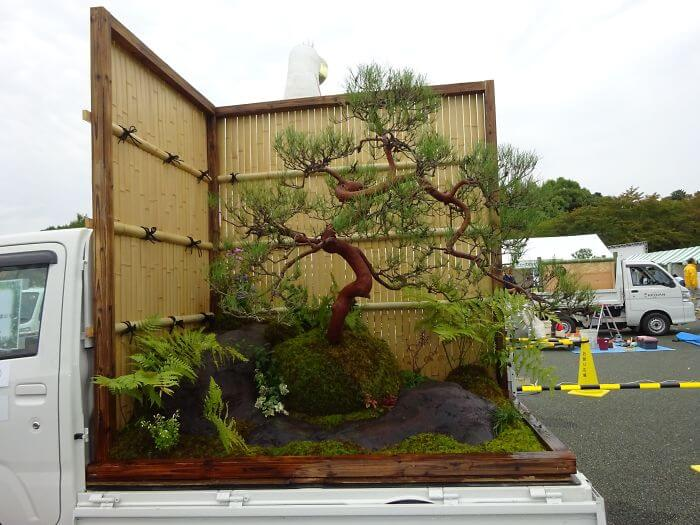 Asombrosos jardines rodantes enKei Tuck Garden