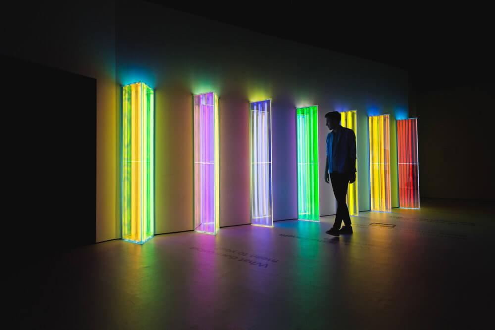 Instalaciones coloridas de Liz West