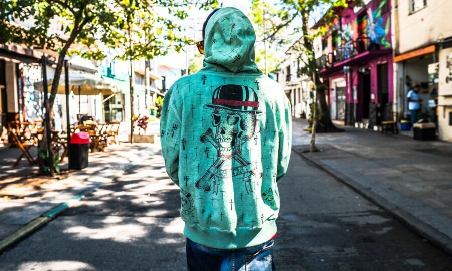Cavalera lanza colección de ropa reutilizable1