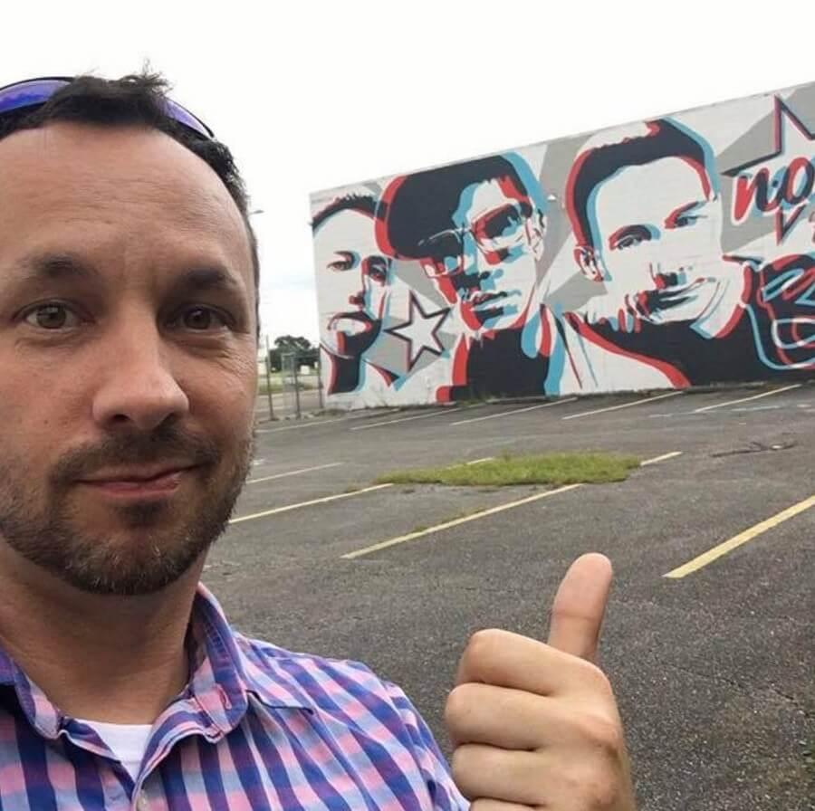 Jason Tetlak presenta el mural más grande en 3D