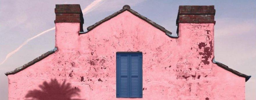 Andria Darius y sus fotografías de un verano rosa