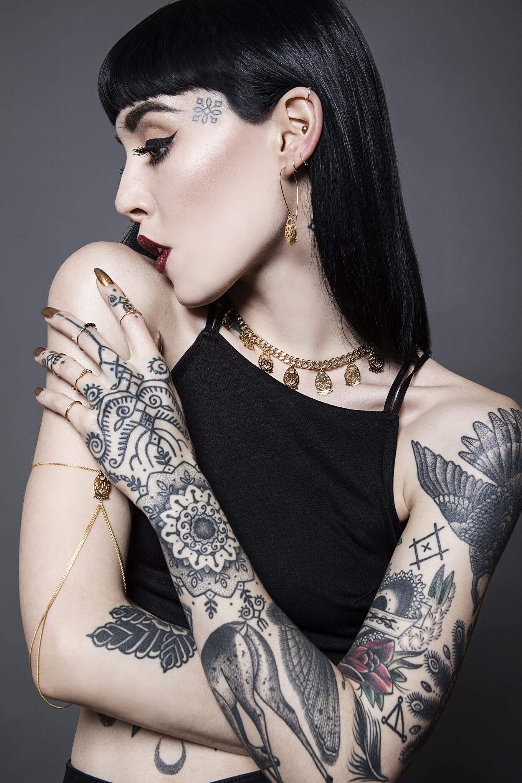 Tatuajes en el rostro ¿Tabú o moda?