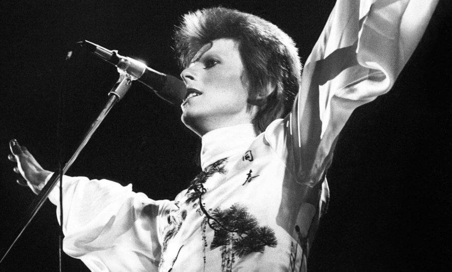 David Bowie en el Hammersmith Odeon, 1973