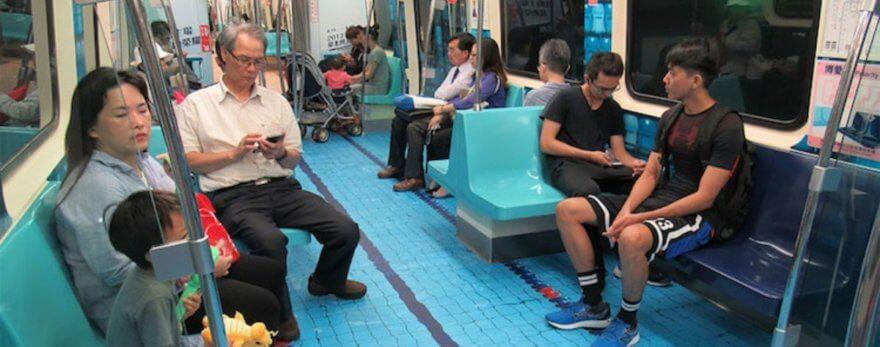Los vagones de Taipei convertidos en canchas deportivas