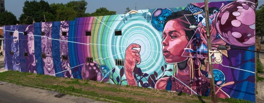 Mural multimedia cobra vida en Filadelfia