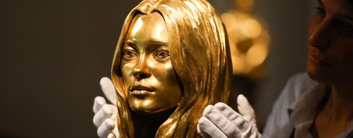 Sotheby's subasta obras de hechas oro