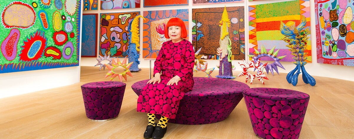 "Yayoi Kusama llega a Londres con "" The Moving Moment When I Went to the Universe"""