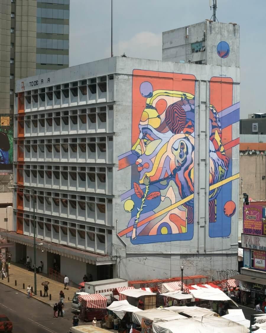 mural mujer smithe