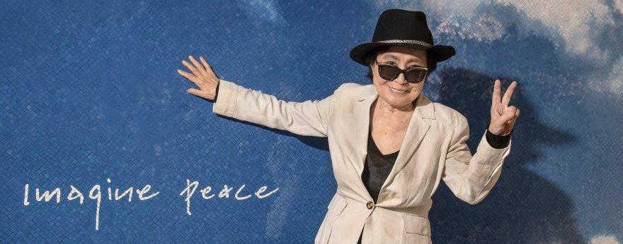 Yoko Ono lleva el cielo al metro de New York