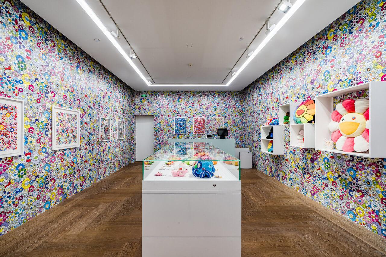Parte de la exposición Takashi Murakami in Wonderland en Shangai