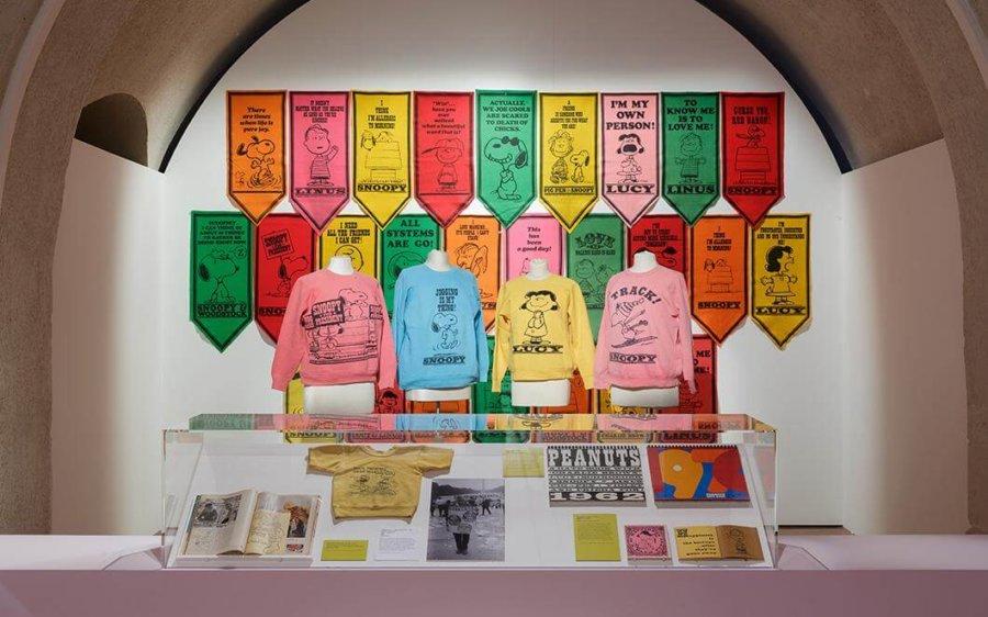 Artículos de la exposición de Good Grief, Charlie Brown en Londres