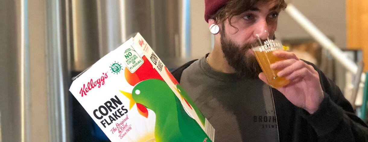 Kelloggs crea cerveza artesanal hecha de Corn Flakes