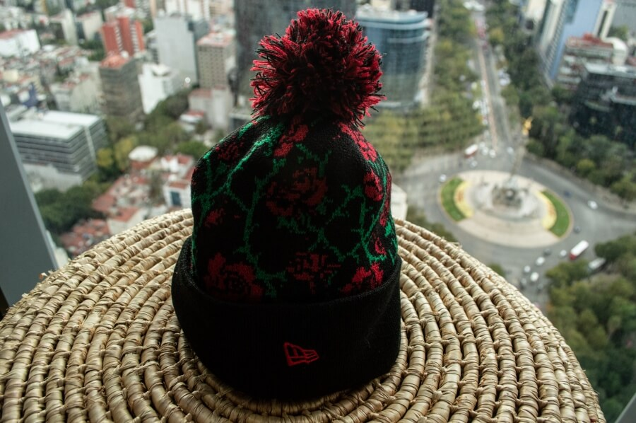 Gorro New Era Rosas