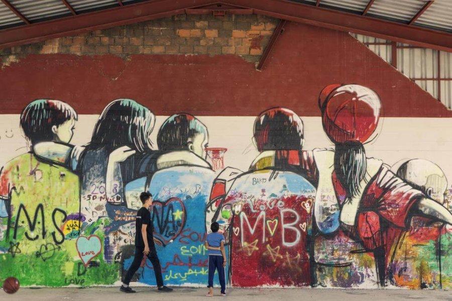 Mural de Alice Pasquini y Achilleas Souras con UNICEF en Atenas