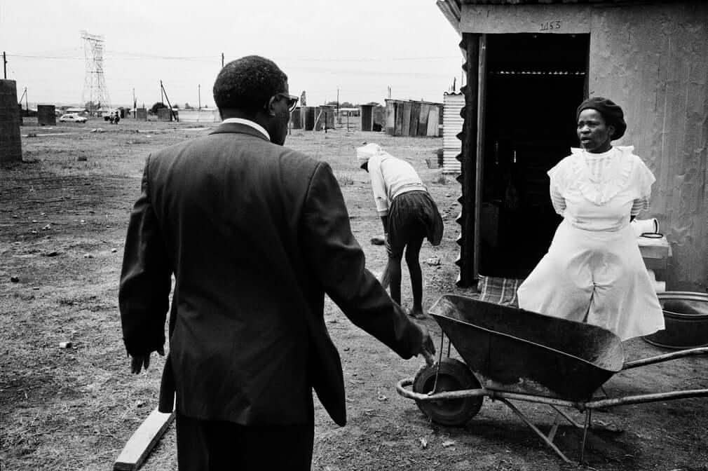 Fotografía tomada en Sudáfrica por Koen Wessing