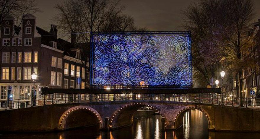 La Noche Estrellada en el Festival de luz de Amsterdam