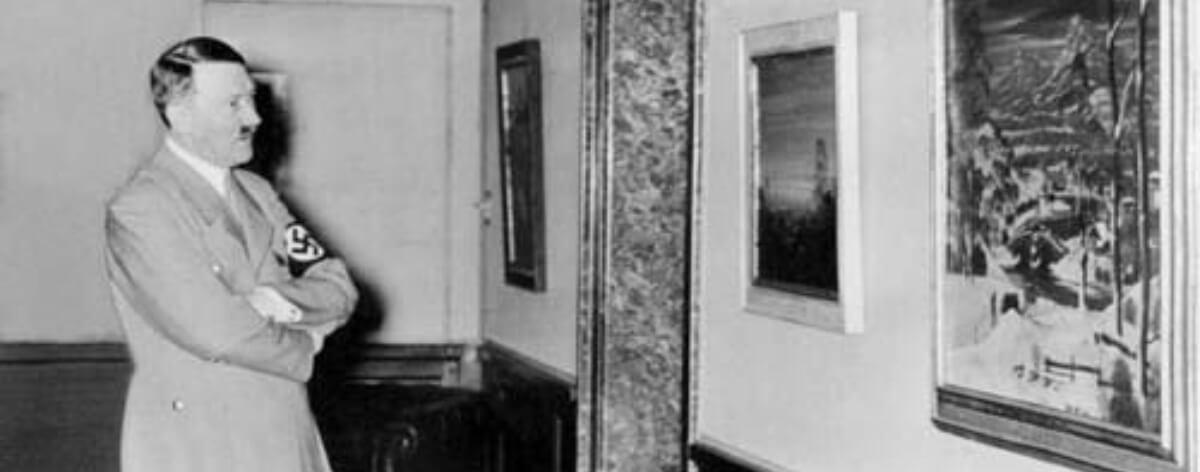Pinturas de Adolf Hitler incautadas por la policía