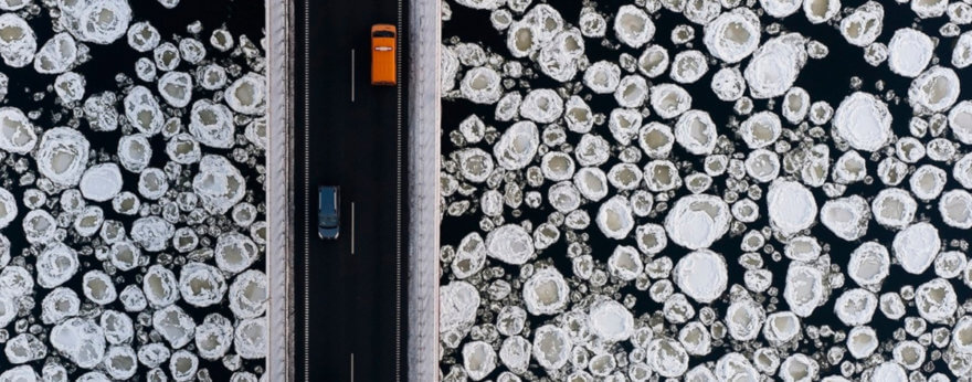 Fotografías aéreas de paisajes por Kacper Kowalski