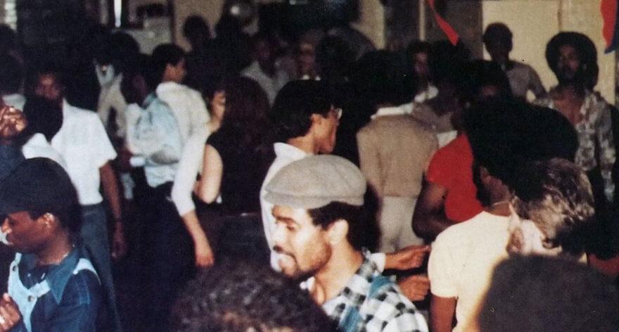 Libro rinde homenaje a las fiestas de 'house' de los 80