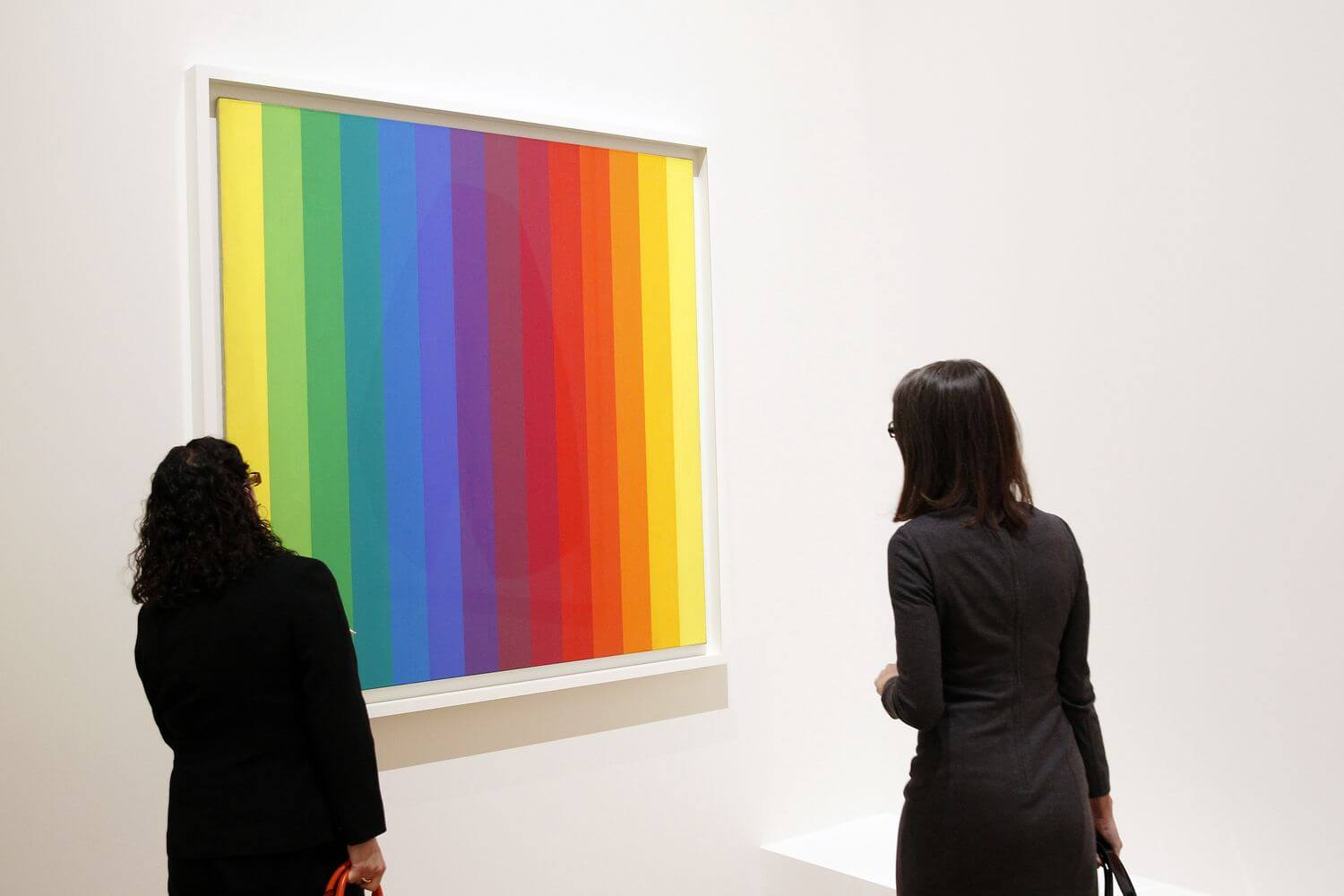 Vibrant Ellsworth Kelly plasmado en sellos postales