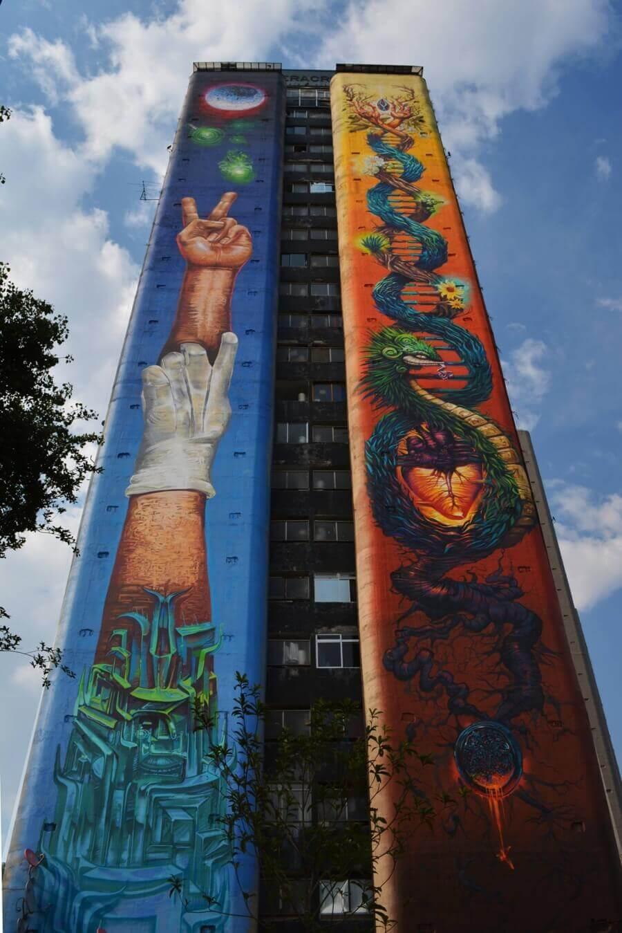 Xfamilia mural in Tlatelolco