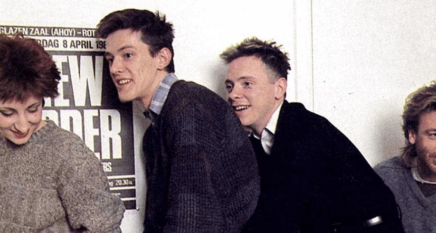 New Order estrena su serie Transmissions