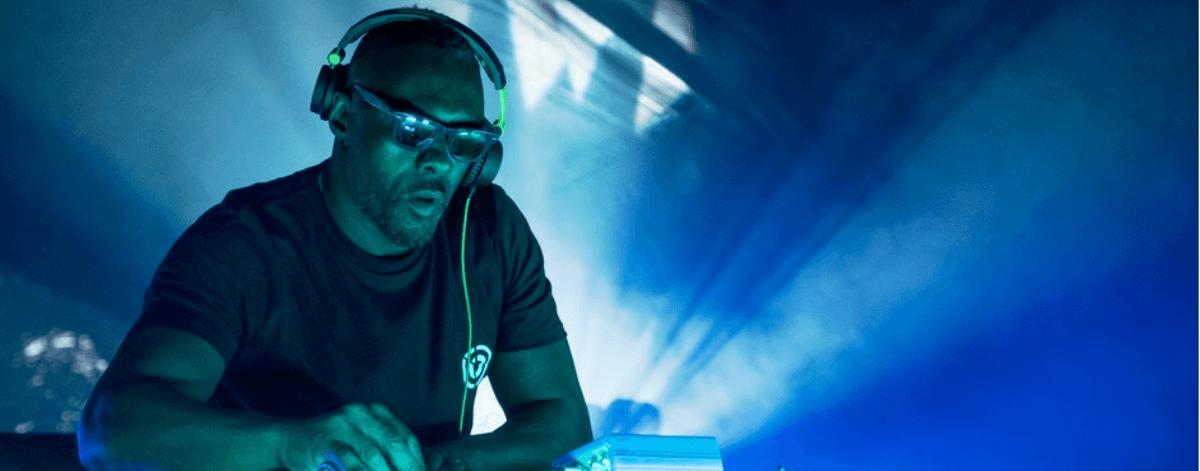 Turn up Charlie, comedia y DJs en Netflix