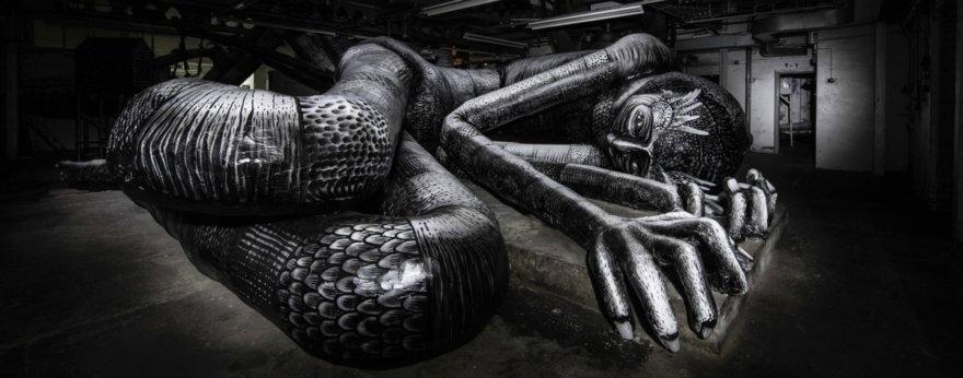 Phlegm crea un mausoleo de cuerpos gigantes