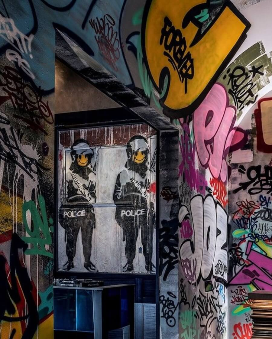 El primer Banksy con un lugar inamovible