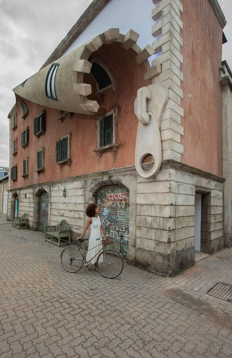 Alex Chinneck nos vuelve a sorprender con su instalación en Milán