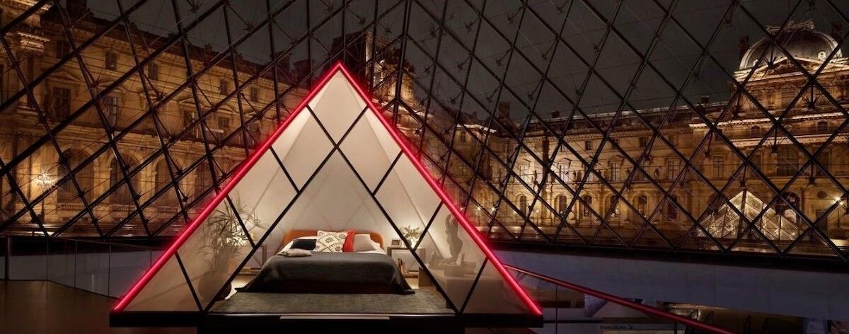 El Louvre ofrece la posibilidad de dormir en su pirámide