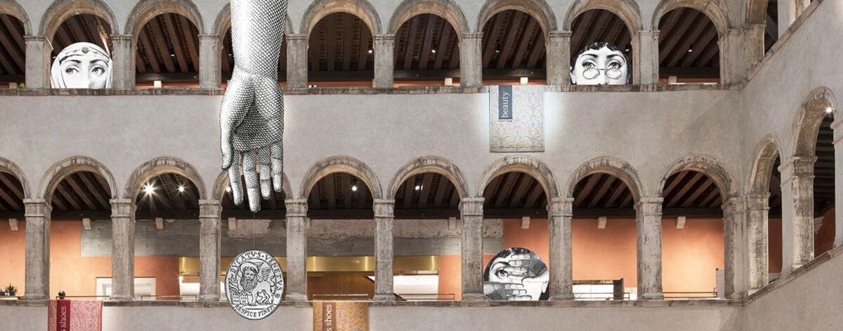 Fornasetti se apodera de la tienda fondaco en Venecia