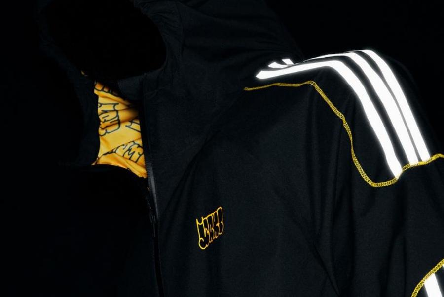 la nueva colección del artista urbano y la empresa de ropa deportiva