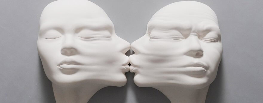 Johnson Tsang presenta sus esculturas 'Open Mind'