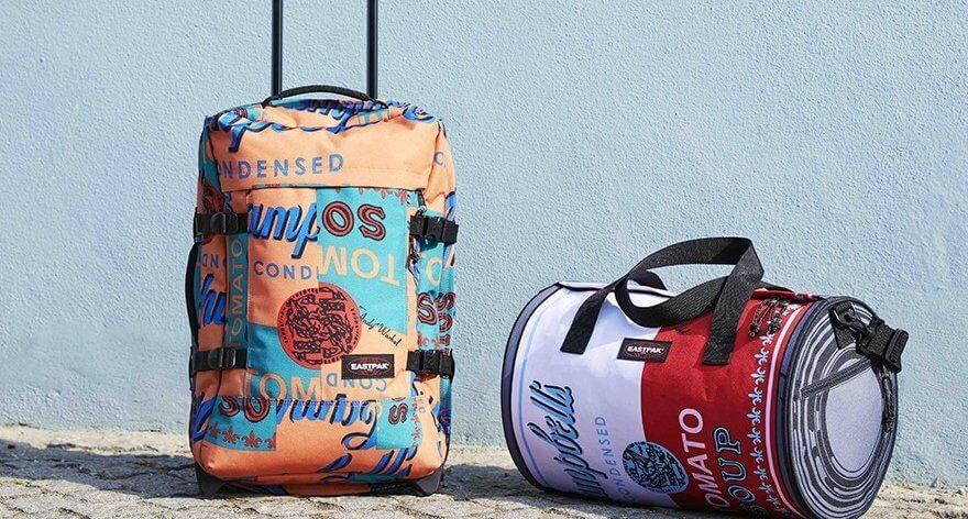 Eastpak convierte obras de Andy Warhol en backpacks