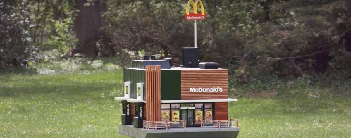 McDonalds abre la sucursal más pequeña del mundo