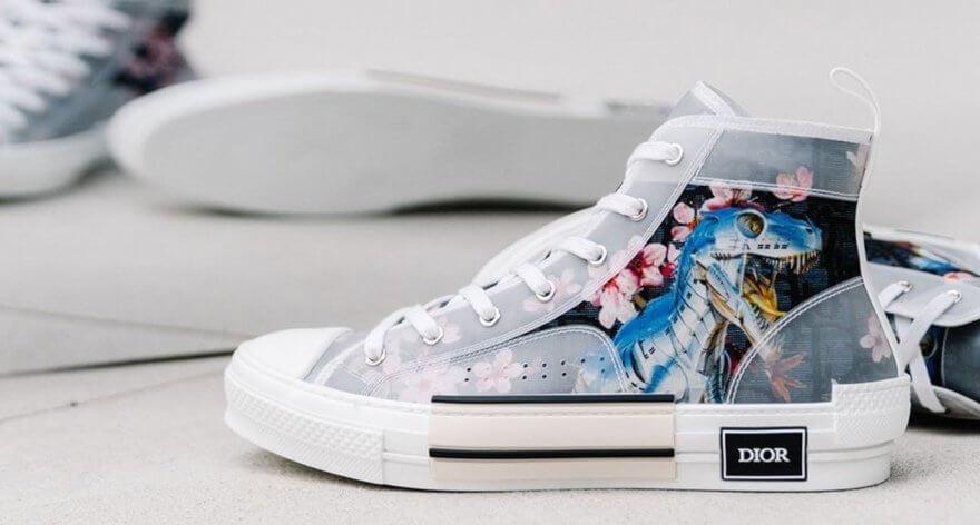 Hajime Sorayama se une con Dior en un par de sneakers