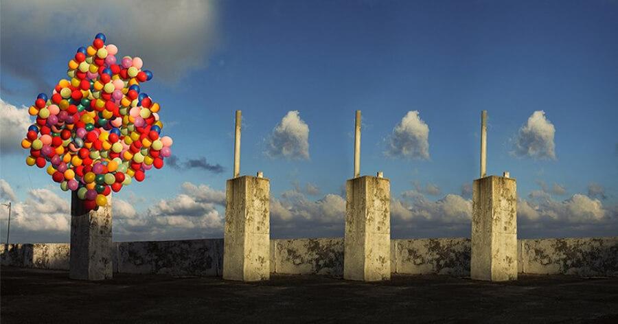 Stereotype Inversion, instalación con globos de ALya Art Studio sobre Siria