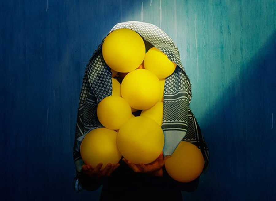 instalación con globos de ALya Art Studio sobre Siria